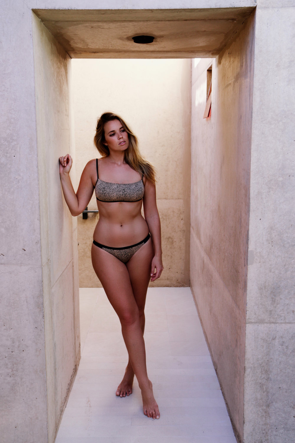 bree warren tigerlily swim model curves